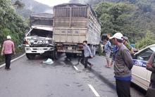 Tai nạn trên đèo Bảo Lộc, 1 xe rơi xuống vực, 1 xe va vách núi