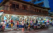 Starbucks chỉ là tép riu tại Việt Nam?