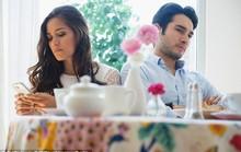Chứng lạnh nhạt với người thân tăng cao vì smartphone