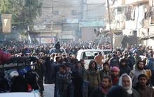 Thoát khỏi Aleppo, dân chui đầu vào địa ngục mới ở Idlib?