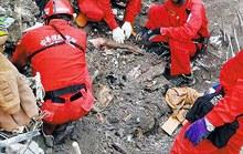 Đài Loan: Xúc động thi thể ôm chặt nhau trong động đất