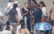 Angelina Jolie thay đổi nhờ... Campuchia!