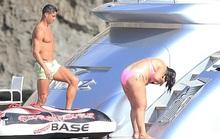 Ronaldo dưỡng thương ở đảo Ibiza