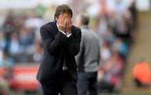 HLV Conte nộp phạt 8.000 bảng, bị ghi vào sổ đen