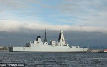Chiến hạm Anh hơn 1 tỉ USD tê liệt chỉ sau 2 ngày xuất bến