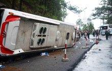 Xe khách mất thắng trên đèo, 7 người chết