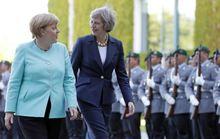 Lần đầu đối mặt, hai bà đầm thép Đức - Anh bế tắc