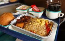Bán suất ăn trên máy bay, thu hơn 1 tỉ đồng/ngày