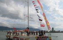 Thuyền buồm vòng quanh thế giới cập cảng sông Hàn