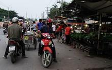Dân than trời vì chợ cóc