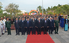 Tổng Bí thư dâng hương tưởng niệm cố Thủ tướng Phạm Văn Đồng