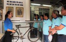 Cán bộ Công đoàn về thăm quê hương Bác Tôn