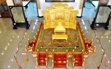Cơ ngơi 25.000m2 toàn gỗ 'quý hơn vàng' của vợ chồng Đường Tăng