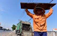 Người Sài Gòn vật vã dưới nắng nóng gần 40 độ C