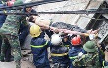 Sập nhà phố cổ: Hai nạn nhân đã tử vong