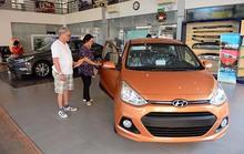 Ô tô cỡ nhỏ đồng loạt giảm giá