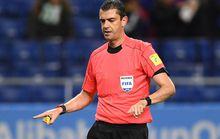 Trọng tài bẻ còi nhờ công nghệ mới ở World Cup CLB