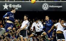 Đại chiến Mestalla, Real Madrid thua người mất điểm