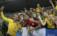 Brazil đoạt HCV lịch sử