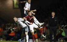 Chờ Mourinho gạt Rooney