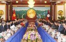 Phát triển quan hệ đặc biệt Việt Nam - Lào