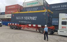 Lần đầu tiên ĐBSCL đón tàu container cỡ lớn