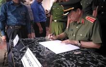 Bộ trưởng Tô Lâm viếng Bí thư, Chủ tịch HĐND tỉnh Yên Bái
