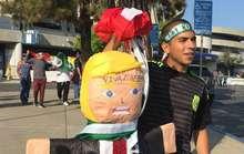 Ông Trump bị CĐV Mexico doạ giết