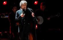 Bob Dylan thấy như đứng trên mặt trăng khi đoạt giải Nobel