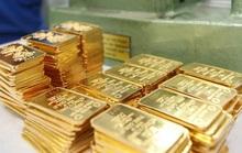 Giá vàng lao dốc, chênh lệch thế giới hơn 5 triệu đồng/lượng