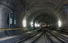 Khánh thành đường hầm xe lửa dài nhất thế giới