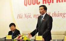 Đại biểu QH giơ biển tranh luận với bộ trưởng tại hội trường