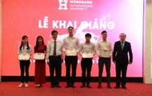 Trường ĐH Quốc tế Hồng Bàng trao học bổng hơn 1 tỉ đồng cho sinh viên