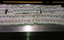 Mỹ tịch thu hơn 4,6 triệu USD tiền âm phủ của hai người Việt