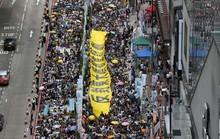Hàng ngàn người biểu tình ở Hồng Kông
