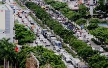 Không bị sự cố, cửa ngõ sân bay Tân Sơn Nhất vẫn kẹt cứng