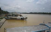 Sông Hương đang bị đục nặng khiến người dân lo lắng