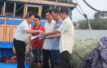 Chung tay giúp 10 ngư dân bị tàu Trung Quốc cướp phá