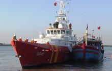 6 ngư dân gặp nạn trên đường phân định Vịnh Bắc Bộ