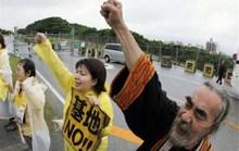 Hàng chục ngàn người Nhật Bản đòi đuổi căn cứ Mỹ