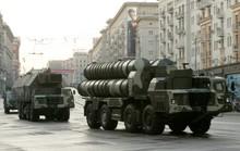 Sắp nhận hệ thống tên lửa S-300 của Nga, Iran để mắt đến S-400
