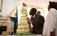 Sinh nhật triệu đô mừng tuổi 92 của TT Zimbabwe