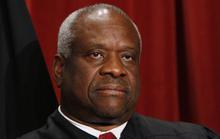 Thẩm phán Tòa Tối cao Mỹ 10 năm mới lên tiếng