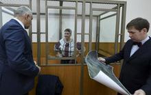 Vụ nữ phi công Ukraine bị Nga bắt: Chưa thả chị, bắt thêm em?