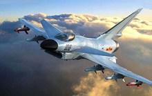 Chiến đấu cơ Trung Quốc áp sát máy bay Mỹ ở Hoa Đông