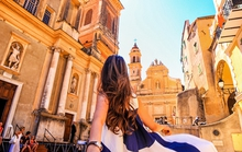 Cặp đôi Việt gây sốt với bộ ảnh 'Follow me' khắp châu Âu