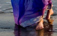 Ấn Độ khuyên du khách... không mặc váy ngắn