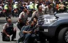 Indonesia: Nổ bom và đấu súng ở Jakarta