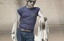 Người Iran phì cười vì Ý che tượng khỏa thân