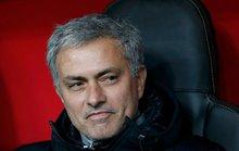 """Tiết lộ mức lương """"khủng"""" của M.U dành cho Mourinho"""